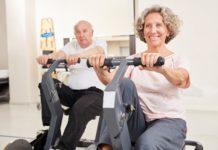 Fit und gesund zu bleiben, ist besonders im fortgeschrittenen Alter überaus wichtig. Ob sich etwa Ergometer für Senioren eignen, zeigt der folgende Beitrag.